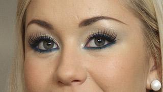 Pixie Lott Bright Blue Eyes